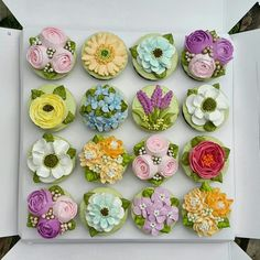 Amazing buttercream flower cupcakes.