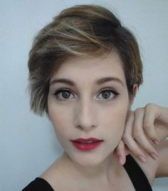 Side-swept pixie cut via Laura M