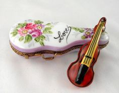 Limoges - Violin & Floral Case - 'Love' - Musical Instrument - by Peint Main