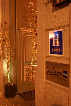 Festive decorations at the luxe Radisson Blu Hotel, Madrid Prado http://www.radissonblu.com/pradohotel-madrid