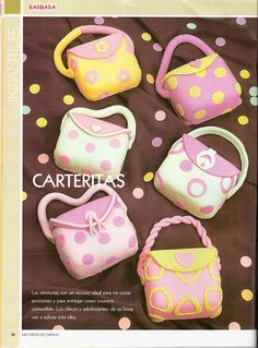 Picture of little purses, not a tutorial