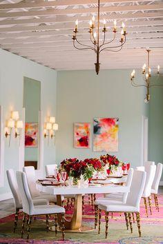 awesome 44 Romantic Valentines Day Dining Room Decoration Ideas  http://homedecorish.com/2018/01/15/44-romantic-valentines-day-dining-room-decoration-ideas/