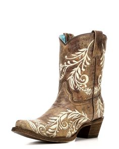 Corral | Women's Cowhide Snip Toe Boot | Country Outfitter