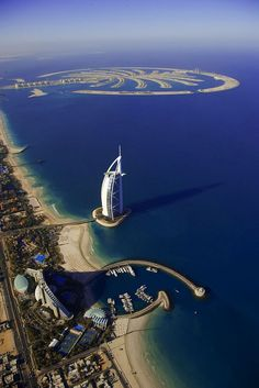 Top 10 Things To Do In Dubai! Dubai unabashedly aims to be the biggest, best, and most modern city on earth, and it may be getting close to claiming that title! Read more on Avenly Lane Travel Dubai City, In Dubai, Visit Dubai, Dubai Uae, Dubai Beach, Dubai Desert, Beautiful Places To Visit, Cool Places To Visit, Places To Travel