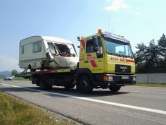 potrebovali sme trosku vyslobodzovat z vozidla ale nakoniec vsetko dobre dopadlo - http://www.havariatrans.sk/sluzby/vyslobodzovanie-vozidiel/