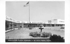 Vintage Knollwood Mall - What it looked like when I moved in St. Louis park before they changed it.