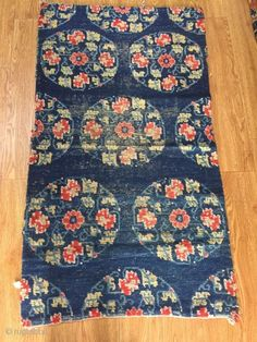 Flower medallion in blue color. Tibetan Rugs, Tibetan Art, Rug Size, Objects, Chinese, Flowers, Blue, Color, Home Decor