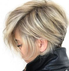 """Extra Long Blonde Pixie with Tapered Nape As women's hair varies in textures, finding a complimentary cut means """"every day a good hair day"""" with minimal styling. When it comes to pixie cuts for…More Pixie Haircut For Thick Hair, Pixie Bob Haircut, Longer Pixie Haircut, Short Hairstyles For Thick Hair, Short Pixie Haircuts, Short Hair Cuts, Curly Hair Styles, Long Pixie Cut Thick Hair, Medium Hairstyles"""