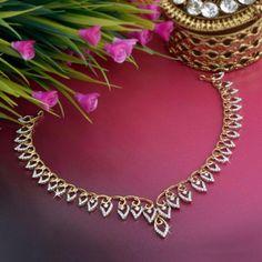 Discover a wide range of Diamond Necklace Set at Waman Hari Pethe Sons. Real Gold Jewelry, Gold Jewelry Simple, Indian Jewelry, Diamond Necklace Simple, Gold Necklace, Bridal Jewelry, Jewelry Design, Diamond Jewellery, Diamonds