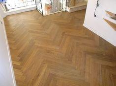 Herringbone wood floor in Kadima  פרקטים בקדימה פישבון אלון שמן יורם פרקט טל: 050-9911998 אהוד קינמון 29 א.ת בת-ים https://www.facebook.com/parquet.floor