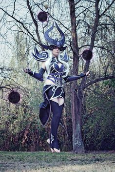 League of Legends Syndra Cosplay