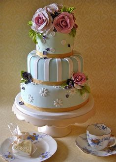 Pastel wedding cake & some of my favourite old china by nice icing, via Flickr
