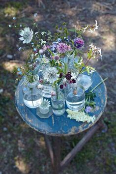Purples, Blacks, and Whites (Flowers Wild Bouquet Mason Jars 43 Ideas For