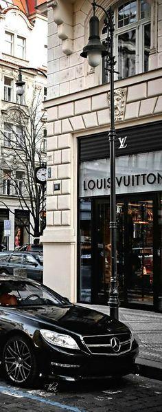 Louis Vitton - Paris, FRANCE