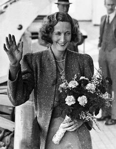 Beryl Markham - Aviatrix, Horsewoman, and adventuress ... How cool can you POSSIBLY get?