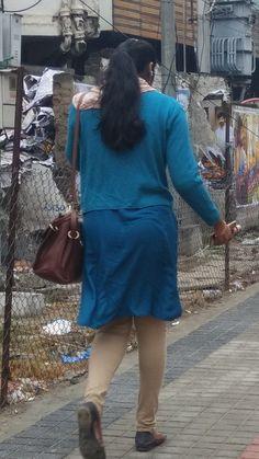 Girl Back Photo, Saree Backless, Beautiful Indian Actress, Beautiful Women, Special Girl, Hottest Photos, Indian Actresses, Women Wear, Jennifer Winget