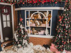 Joulukuuset, koristeet, Uusi Vuosi, Joulupallot, nallet