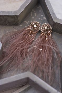 Powdery feather earrings Rose gold Swarovski Crystal Evening Great gatsby style Party Ostrich feathers Holiday earrings For blush dress Rose Gold Earrings, Feather Earrings, Beaded Earrings, Earrings Handmade, Beaded Jewelry, Funky Jewelry, Blush Dresses, Gold Work, Ostrich Feathers