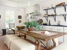 Cottage Kitchen - large dining room table island, open top shelves, crisp and white