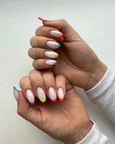 french manicure arcobaleno unghie gel primavera 2021 smalti colore pastello French Manicure, Spring