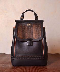 Повседневный городской рюкзак из кожи и дерева CARA black edition.   Материалы - мягкая Наппа b478113eb04
