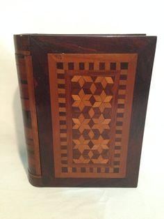Raro Livro Cofre/porta Jóias Em Marqueterie.anos 50-madeira. - R$ 280,00 no MercadoLivre