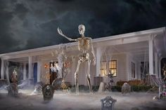 Home Depot S 12 Foot Tall Skeleton Is The Star Of Halloween Memes In 2020 Home Depot Halloween Fun Halloween Decor Foot Skeleton