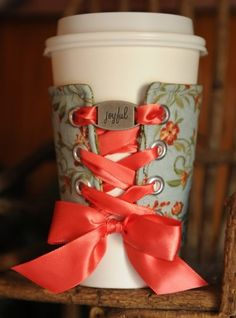 The best DIY projects & DIY ideas and tutorials: sewing, paper craft, DIY. DIY Gifts & Wrap Ideas 2017 / 2018 Looking for a quick project? How about this DIY beverage cuff that gives a nod to the corset of yesteryear. Do It Yourself Fashion, Do It Yourself Home, Cute Crafts, Crafts To Do, Creative Crafts, Diy Cup, Craft Gifts, Diy Gifts, Diy Projects To Try