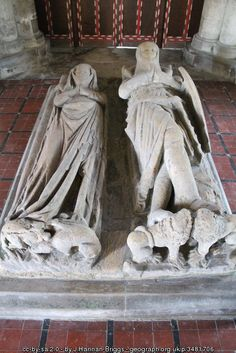 Sir Lambert de Trikyngham and wife, St... (C) J.Hannan-Briggs :: Geograph Britain and Ireland / knight