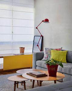 Appartement au Brésil avec une touche de rouge