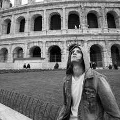 ••Nueva foto de Eduardo ❤ ❤ hermoso 😍 #eduardoperez #FCeduardoperezitalia #Roma #vampitour #Italia #colombia #actor #chicavampiro