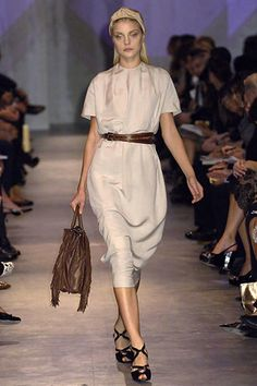 Prada Spring 2007 Ready-to-Wear Fashion Show