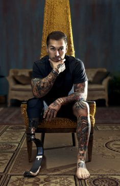 Alex Minsky  Afghan War veteran I first liked him for being a war veteran and then for his tattoos plus he is cute ;)