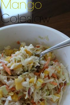 Add a little pizazz to your coleslaw by making this homemade mango slaw. This is our favorite slaw recipe, and I love that it's so easy to make. Healthy Side Dishes, Side Dishes Easy, Side Dish Recipes, Easy Healthy Recipes, Healthy Sides, Healthy Food, Vegan Coleslaw, Spicy Coleslaw, Salads