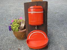 Frans Vintage Watertank, Lavabo 1940' s, Lave-Mains, Tank de Fountain. door…