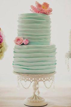 skvela kombinacia farieb / great color combination #wedding #cake