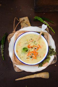 KochzereMoni: Herzhafte geröstete Grießsuppe à la Horst Superfood, Bon Appetit, Cheeseburger Chowder, Thai Red Curry, Horst, Mashed Potatoes, Soup, Cooking, Ethnic Recipes