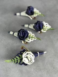 Wedding Pew Decorations, Wedding Pews, Wedding Flowers, Flax Weaving, Weaving Art, Flower Corsage, Wrist Corsage, Pamper Cake, Flax Flowers