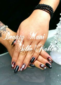 Full Cover mit Crush Glitter & Stamping