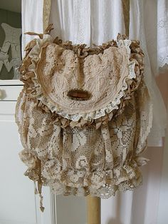 A Great Way to Use Old Doilies. (pin thanks to~Inspiration Lane