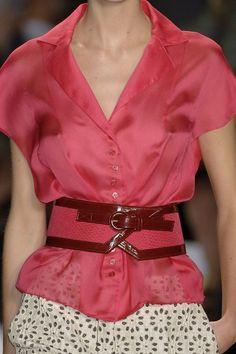 Carolina Herrera, love the belt!