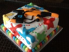 This is the cake ! Love it Mason's Paintball Cake for his b-day ! Paintball Birthday Party, Paintball Cake, Paintball Cupcakes, Cakes For Boys, Kid Cakes, Fancy Cakes, Cupcake Cookies, Fun Cupcakes, Creative Cakes