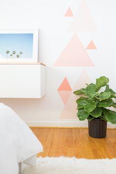 DIY geometric accent wall | sugarandcloth.com