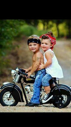 Mode of transportation Biker Baby, Biker Girl, Beautiful Children, Beautiful Babies, Beautiful Wife, Cute Kids, Cute Babies, Foto Baby, Biker Chick
