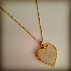 Colar Coração Madrepérola