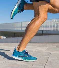 The men's Ricochet 2 road-running shoe offers lightweight, energized cushioning with a streamlined design for quick transitions. Shop now to energize your run. Road Running, Run Happy, Running Shoes For Men, Dna, Nike Free, Kicks, Sneakers Nike, Style, Fashion
