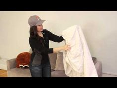Watch This Video And Learn The Easiest Way To Fold a Fitted Sheet Organising, Household Tips, Helpful Hints, Cleaning, Organization, Watch, Medium, Youtube, Ideas