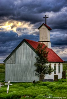 Keldurby *derek-k Photography / Urban & Rural / Country Life ©2011-2013 *derek-k A church at the farm called Keldur, in southwest Iceland. An interesting, very ancient settlement (still farmed - there were animals there), with old sod houses and this church, built in 1875. I liked the colors of the building and the sky. Iceland - September 2010