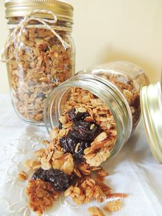 Cherry Almond Granola- A sweet & crunchy homemade granola studded with dried cherries- recipe on thefrugalfoodiemama.com
