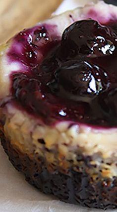 Blueberry Cheesecake Cupcakes